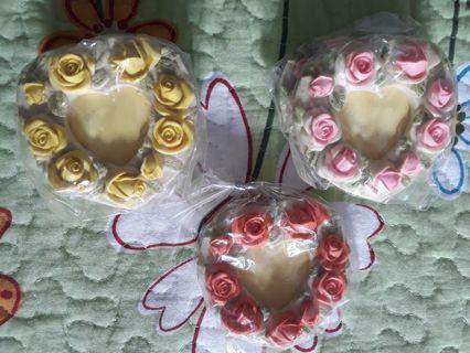 🚚 Heart-shaped Rose Mini Frames
