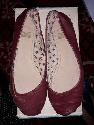 Flat Shoes TLTSN Maroon