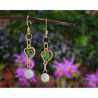 Handmade beaded resin dangly earrings with dried flowers