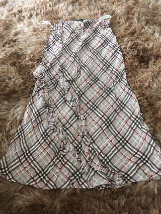 Skirt eclipse checkered