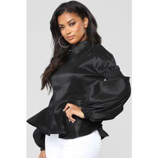 Brand new puff sleeved top