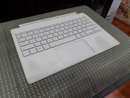 ASUS T303U keyboard dock