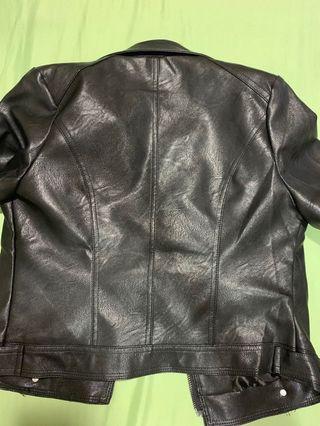 黑色帥氣皮外套