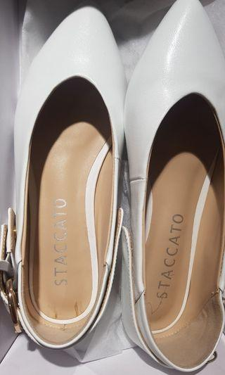 Flat Shoes staccato