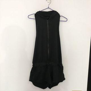 🚚 黑色 泳裝外罩