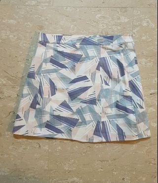🚚 Geometric Skirt