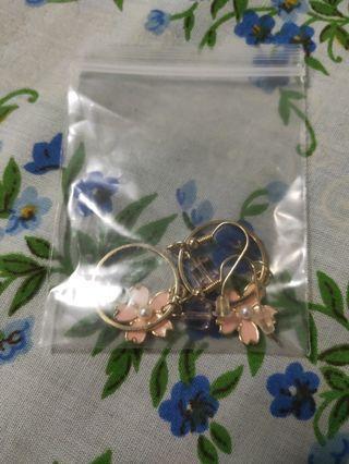 🚚 Sakura earrings