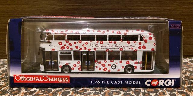1:76 巴士模型 Corgi New Routemaster 路線 8