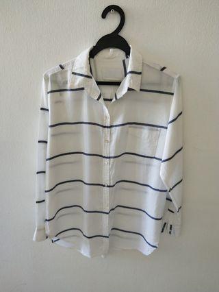 White/blue stripe shirt