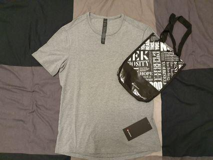 Brand new with tags Lululemon 5 Year essential tee Medium