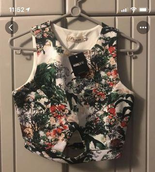 🚚 Floral Cropped Top