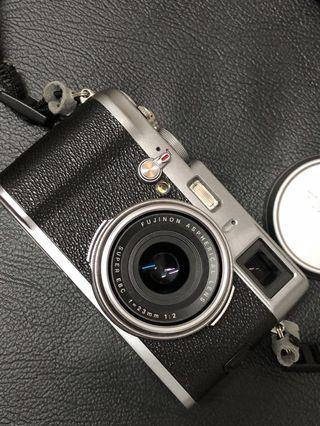 Preloved Fujifilm X100