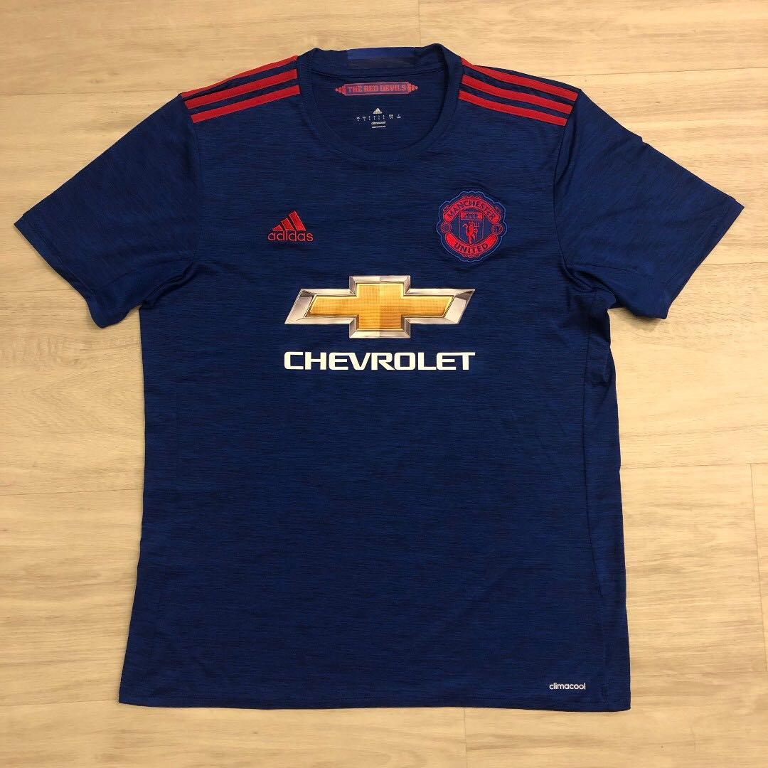 innovative design b0813 a9ffd REDUCED! Adidas Man Utd 2016/2017 Away Kit (Authentic) L