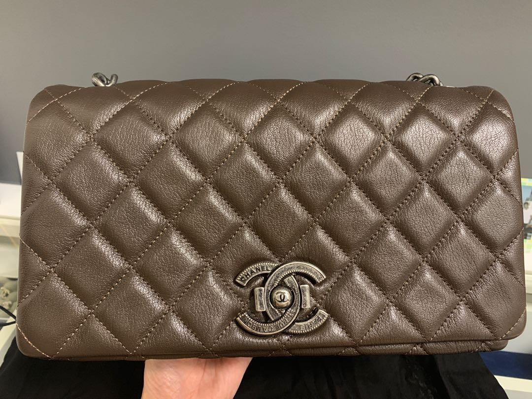 db0f35ee2 Almost new Chanel flap bag for sale, Luxury, Bags & Wallets ...
