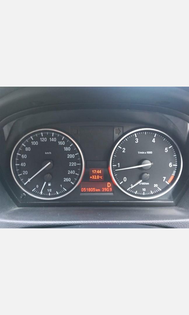 BMW 323iA, 2011年尾, 2497cc, 四門, 里數少52,000km, 私人轉讓, 保養佳, 假日車, 長泊室內, 牌費至12月