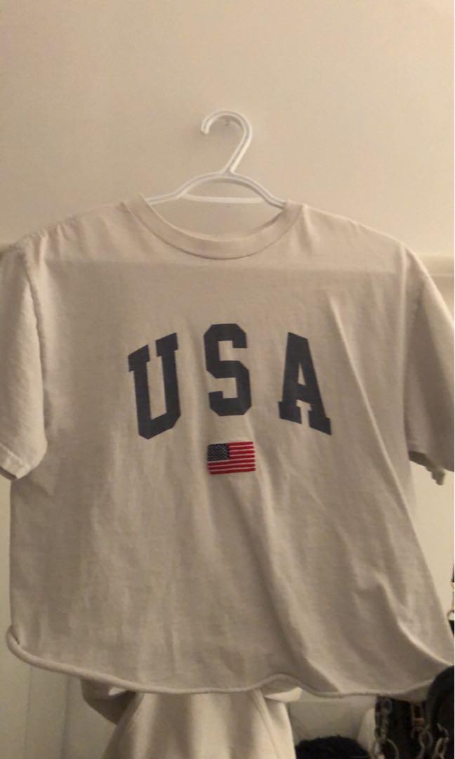 brandy melville usa t-shirt