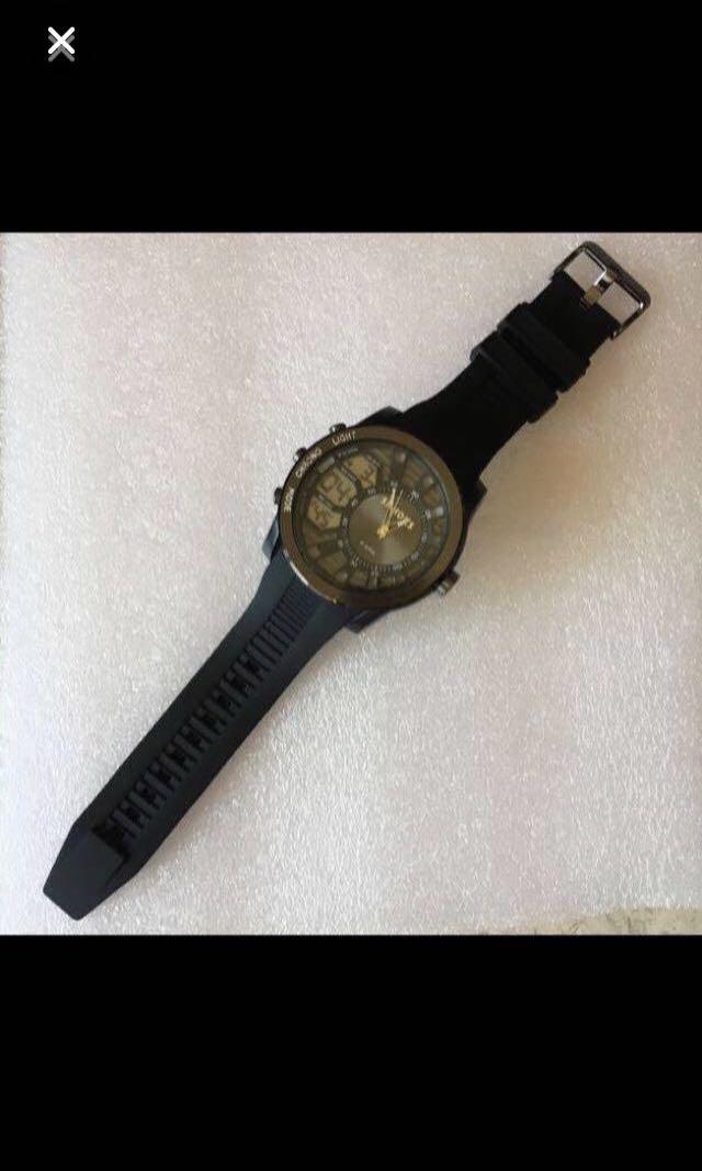 CLEARANCE SALES {Sports Gear - Sport Watch} BN SHHORS Brand Model Number SH1829 Stainless Steel Back 3ATM Water Resistant Wrist Quartz Watch Come With Box