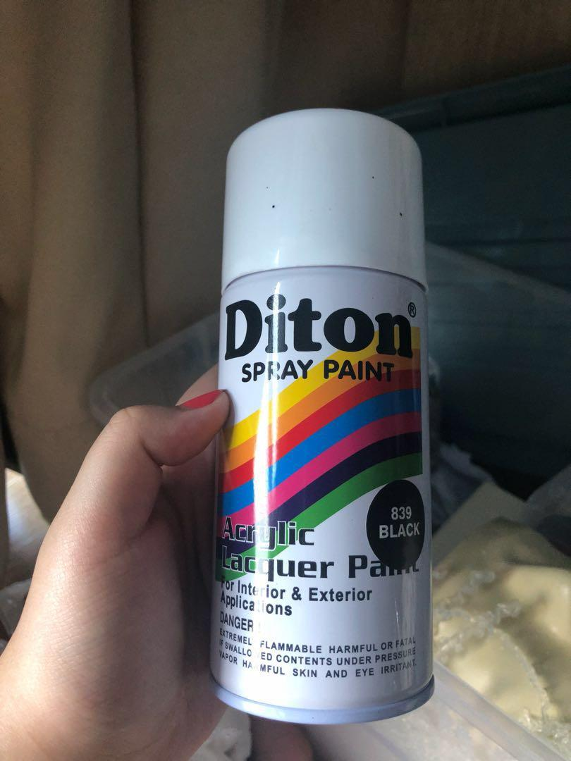 Diton spray paint warna black