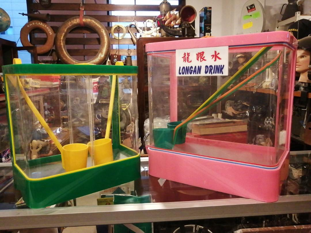 For Rent: Retro Drink Containers