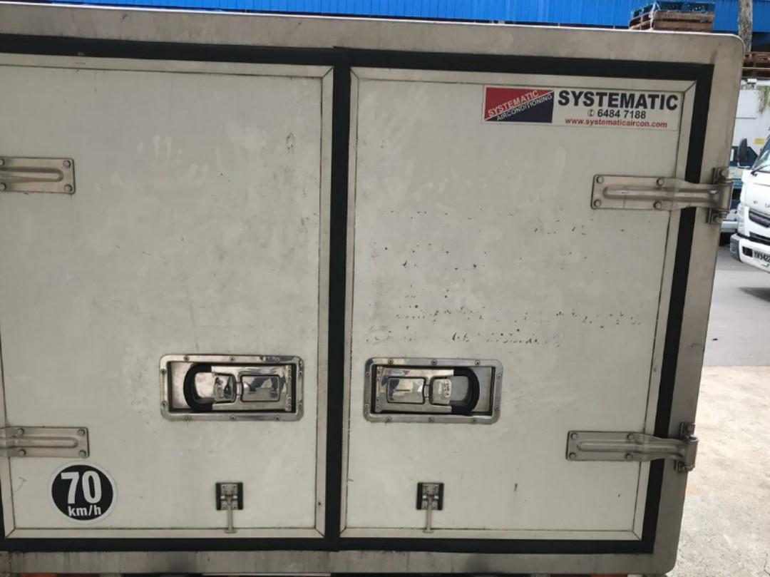FOR SALE : TOYOTA B70 - Goods (Open) Refrigerated Vehicle