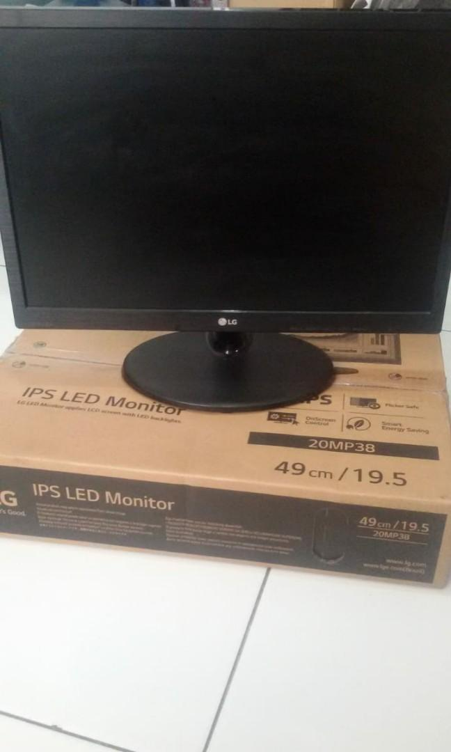Jual PC gaming plus monitor. No HDD, no CD room.