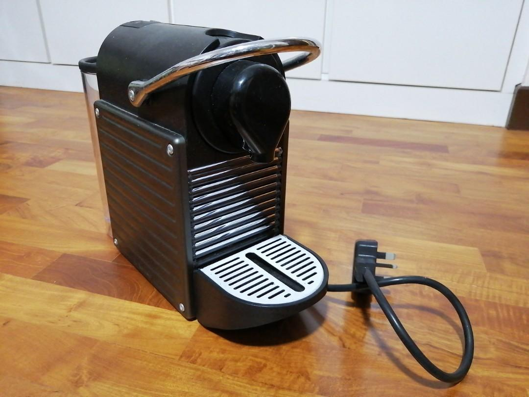 Nespresso PIXIE Coffee Machine