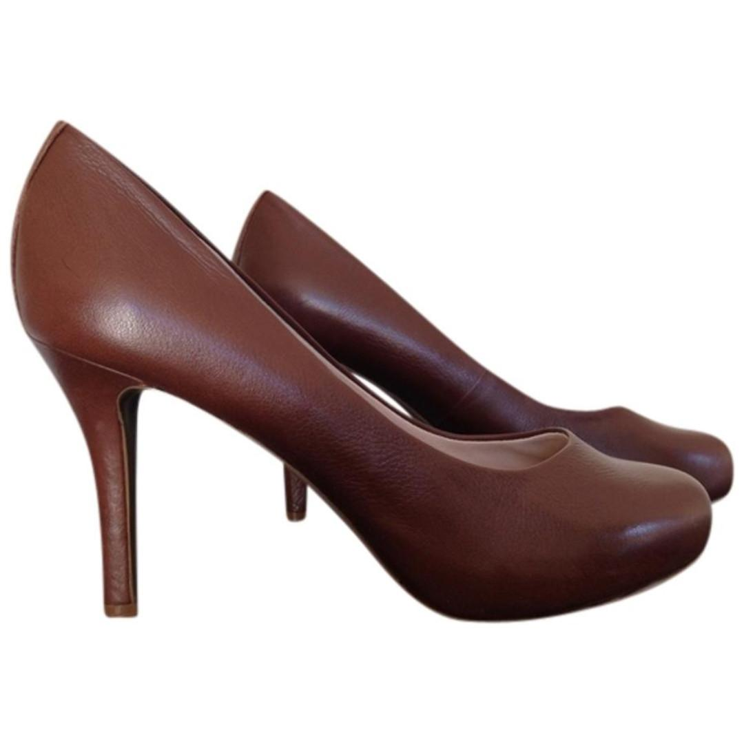 Rockport Brown Leather Seven to 7 Heels Size 7W/UK 4.5 W with Adiprene by Adidas