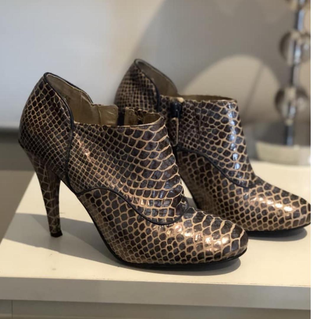 Rockport Presia Snakeskin Leather Shootie Boots Size 37.5/UK4.5/US7 Adiprene