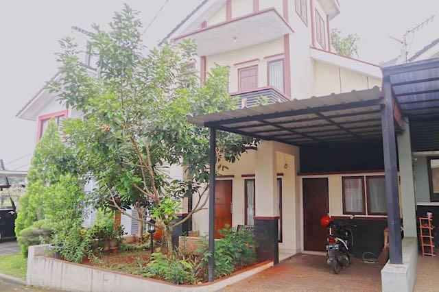 Rumah Minimalis 2 Lantai Luas 100 M  rumah minimalis cibubur dekat toll 100m property for sale