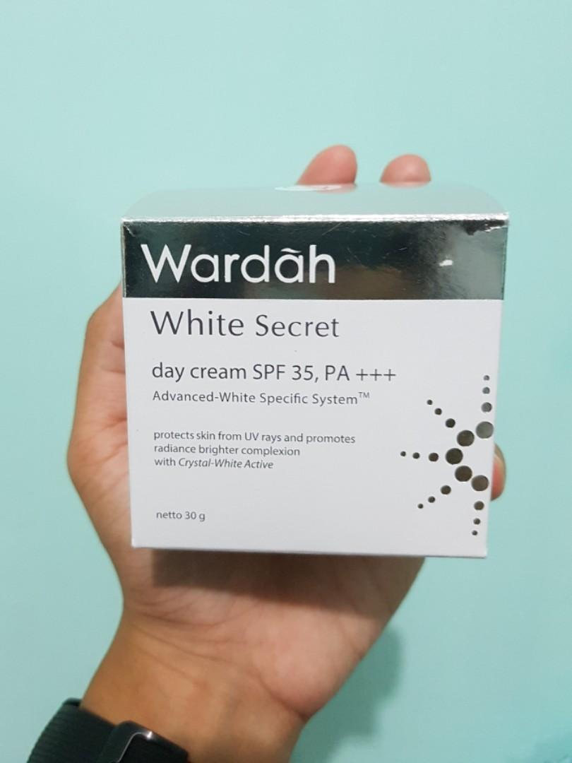 Wardah White Secret day cream Uv SPF 35, PA++
