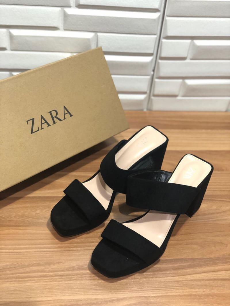 Zara Black Mid Heels