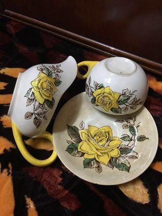 Mid- Century 1950s collectibles JCG Meakin England {The Duke} Studio Ware Tea Cup Set