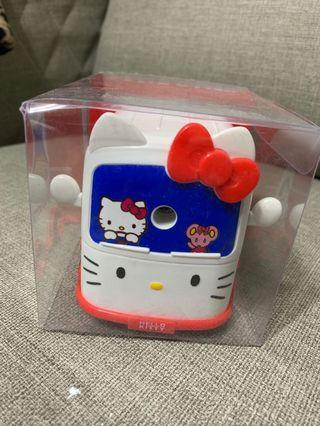 🚚 Hello Kitty 正版授權 凱蒂貓 巴士造型 削鉛筆機
