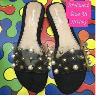 Sandal & kasut