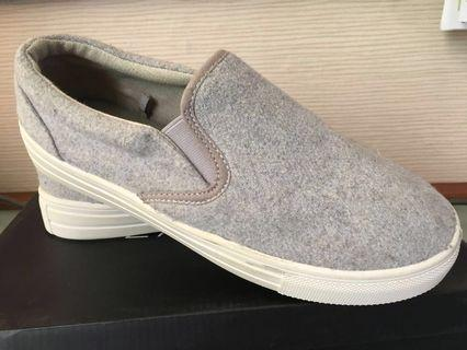 Shoopen Grey Shoes/Sneakers #GayaRaya