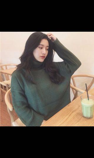 🚚 墨綠色高領毛衣