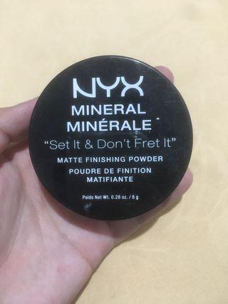 NYX Finishing Powder Matte