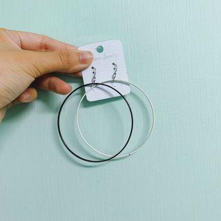 🚚 大圈圈耳環