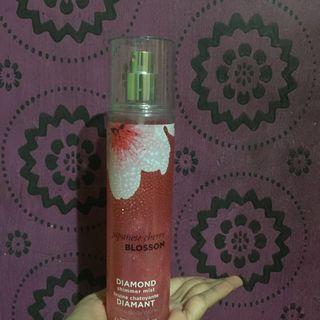 Bath & Body Works parfume japanese cherry blossom shimmer mist