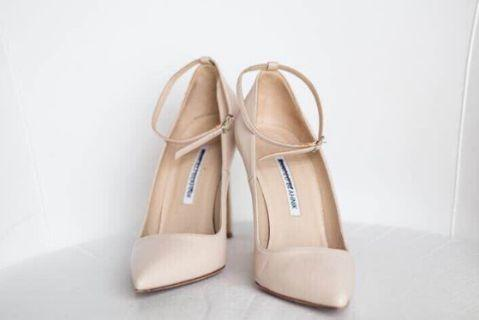 Size 7 or 37.5 Authentic Manolo Blahnik Heels