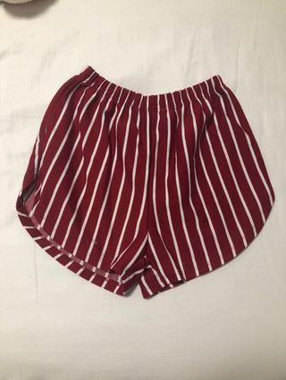 🚚 Red striped shorts (ulzzang)