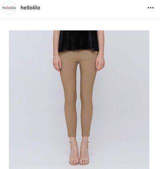 Hellolilo x Mmehuillet Tan