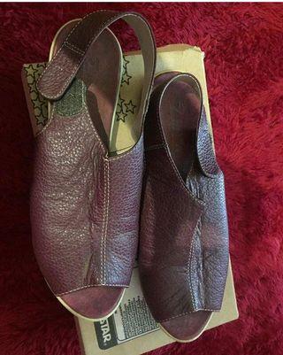Preloved Sandal beli di Garut
