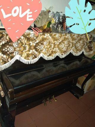 Piano Steinbach 3 pedal