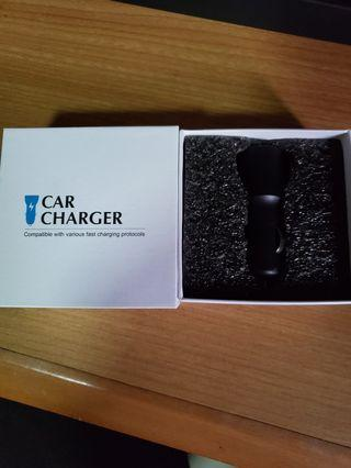 🚚 Car charger usb