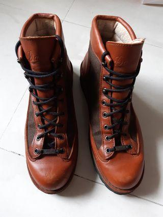 genuine made in USA DANNER 30457 gore-tex boots