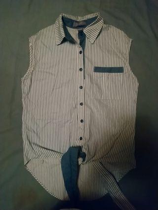 Front tie shirt