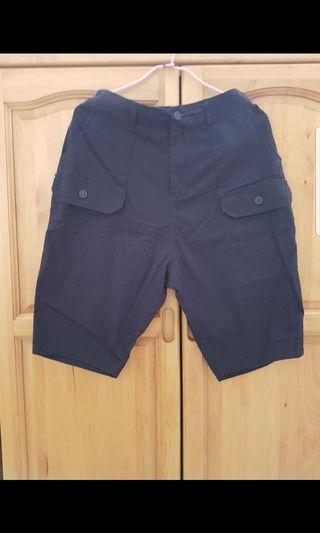 🚚 深藍微低檔短褲