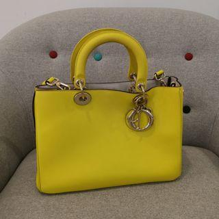 🚚 Preloved lady Dior in yellow and grey silver hardware