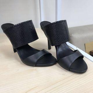 High heel sandals (price reduced)